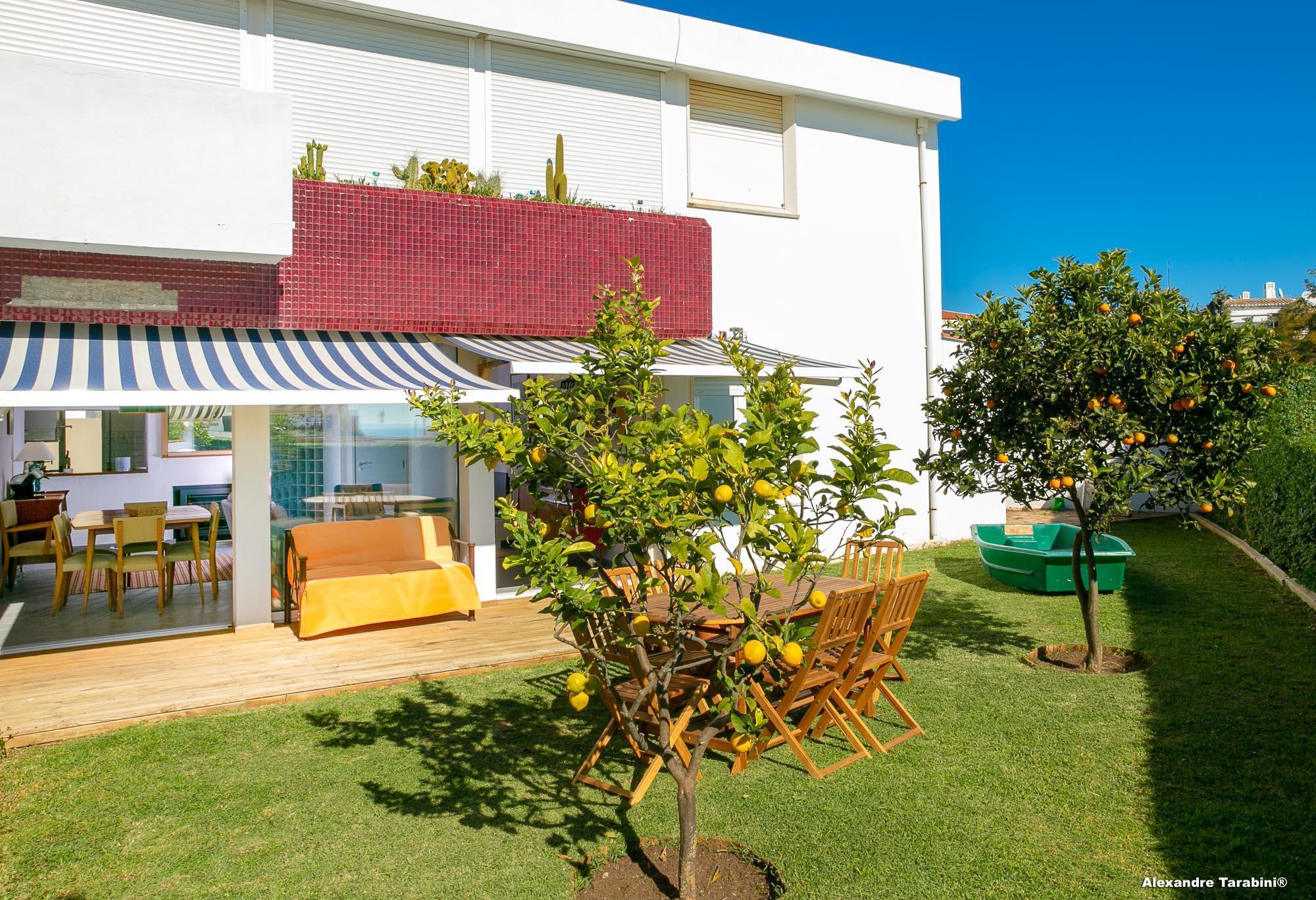 C12   Sunshine Apartment In Luz
