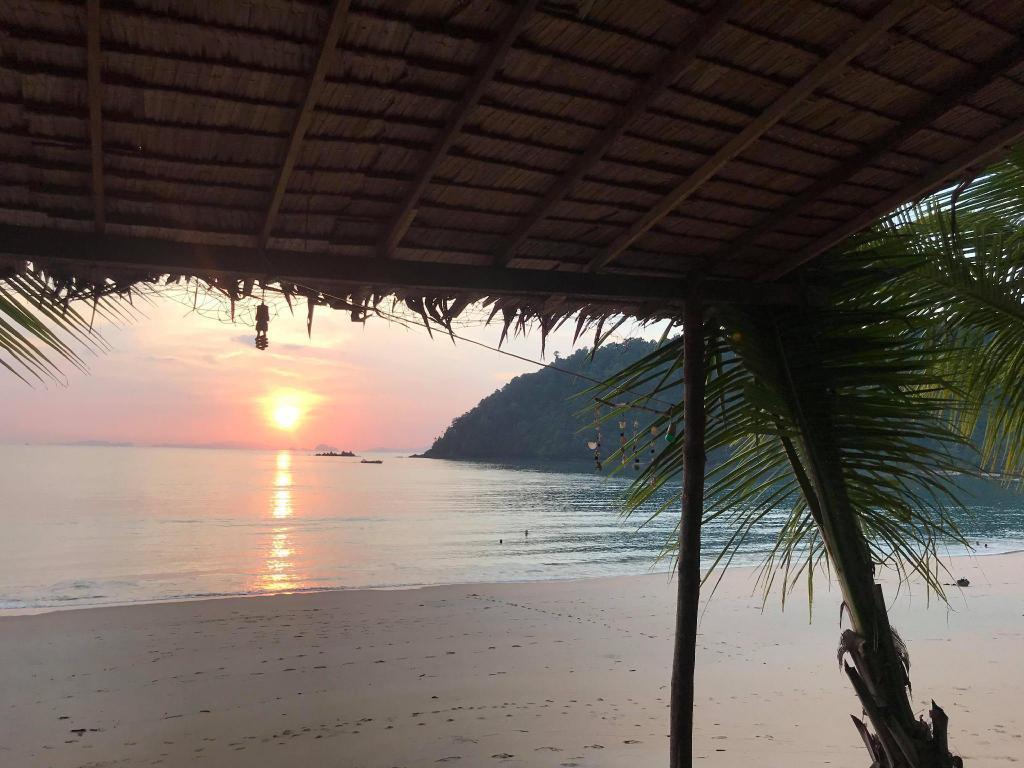 Goldkey Bungalow Mai Phai 15