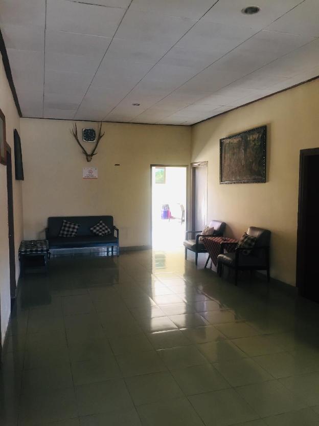 Tambora  Superior AC Room