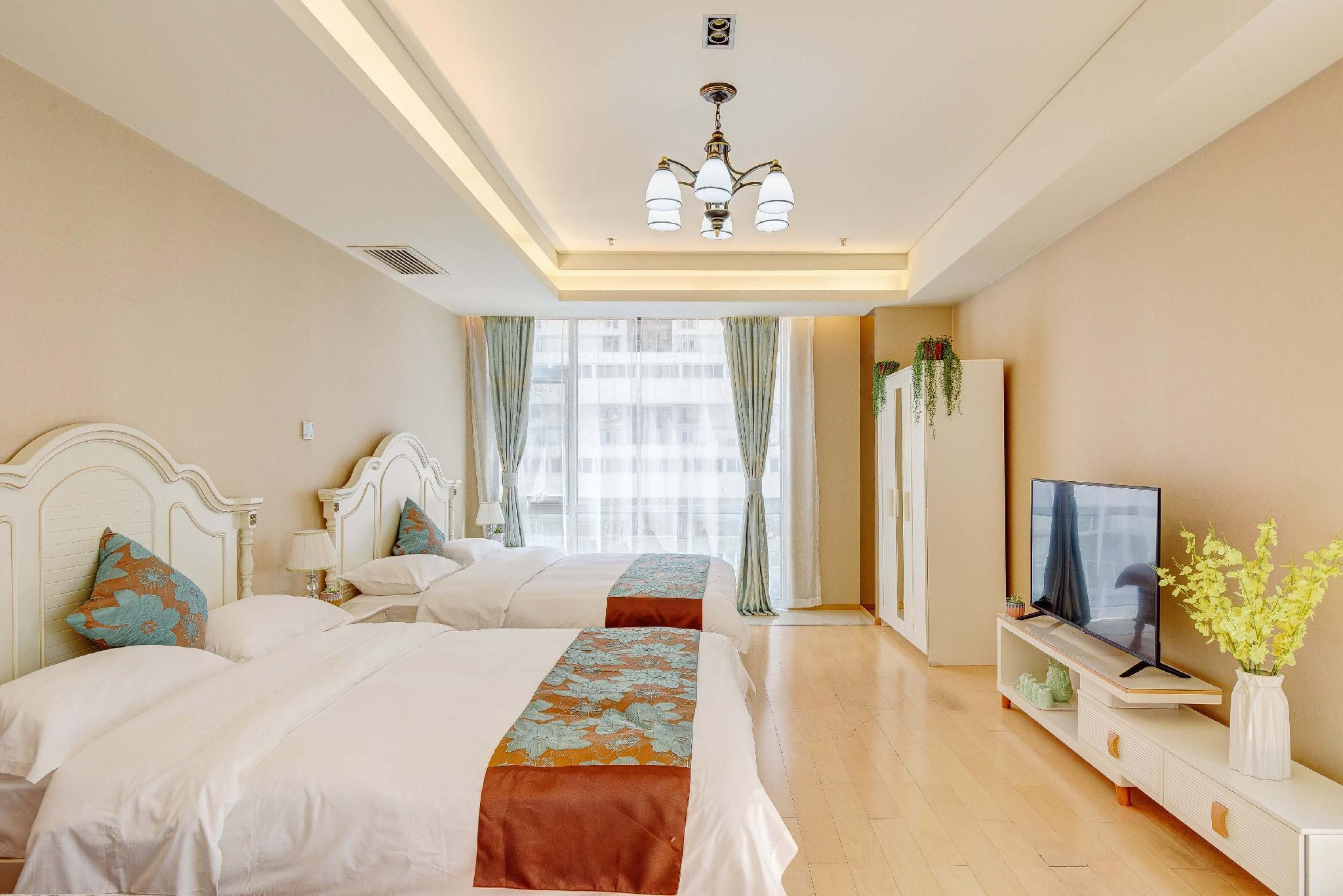 Near Tiananmen Wangfujing Double Big Bed Room 4