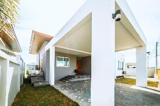 [バンタオ]ヴィラ(150m2)| 3ベッドルーム/2バスルーム Beautiful Lake View pool villa cheongtalay