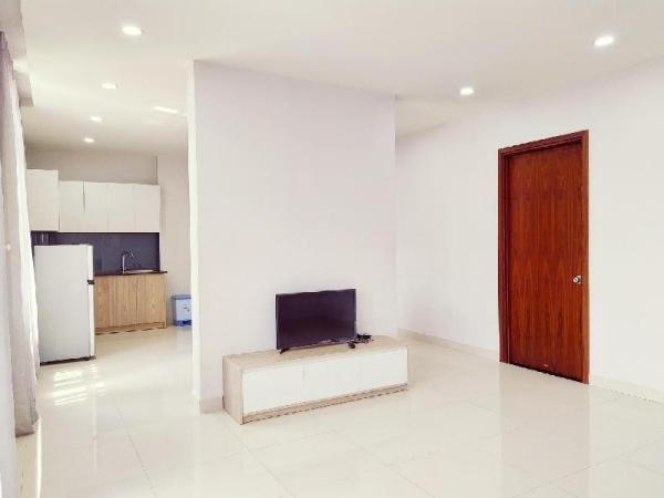 2 BR Apartment with Kitchen, near Tan Son Nhat Ho Chi Minh City