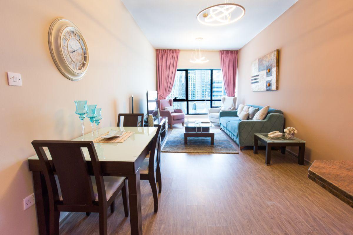 Dubai Marina Stylish 01 Bedroom Apt.  MD17