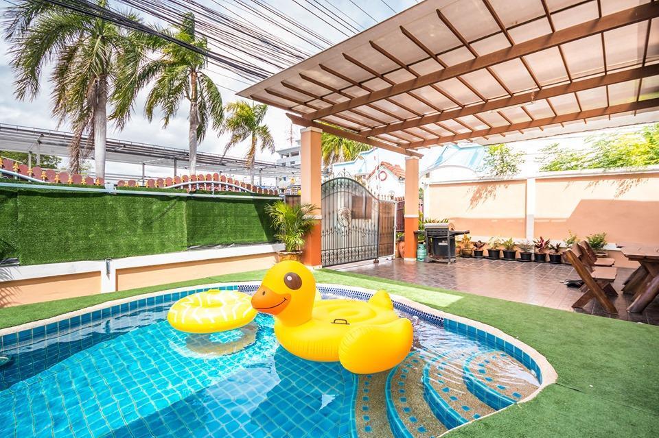 Green House Pool Villa By White House Pattaya