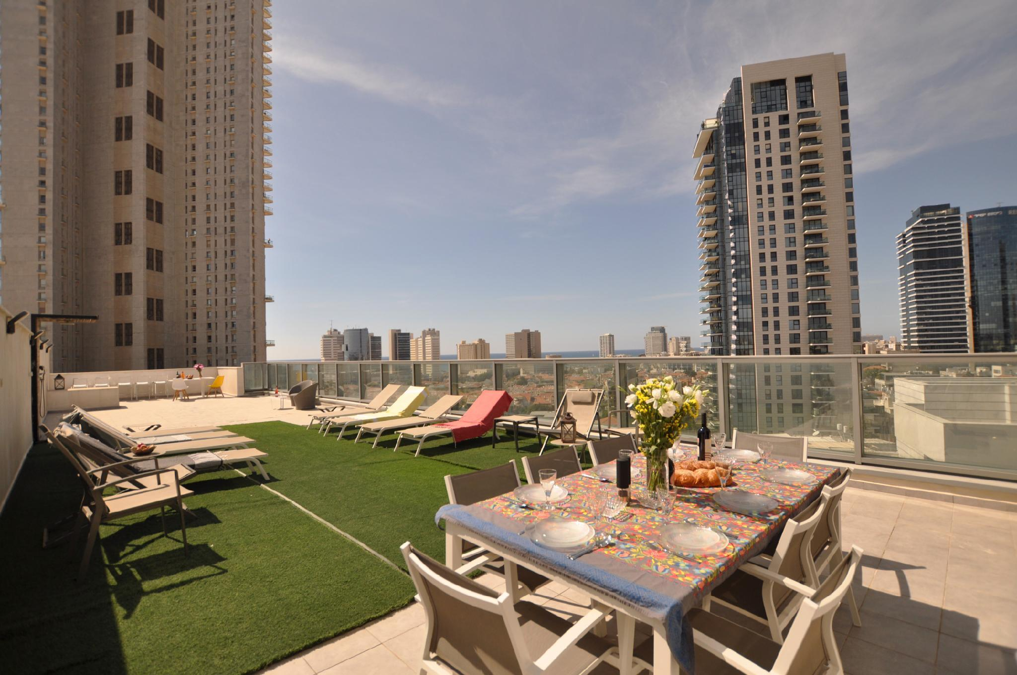 3BDR Rooftop Sea View   Step To Neve Tzedek  TL48