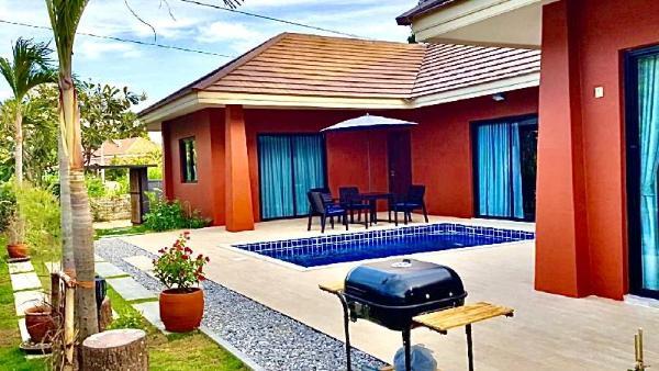 The Eight Huahin Pool Villa, a relax get-away Hua Hin
