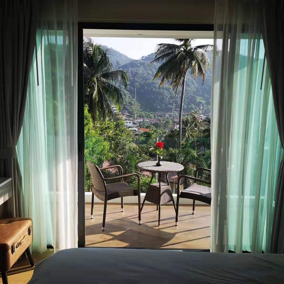Spectacular Sea Sunsets, Privacy, Relaxing, Quiet อพาร์ตเมนต์ 1 ห้องนอน 1 ห้องน้ำส่วนตัว ขนาด 40 ตร.ม. – กะตะ