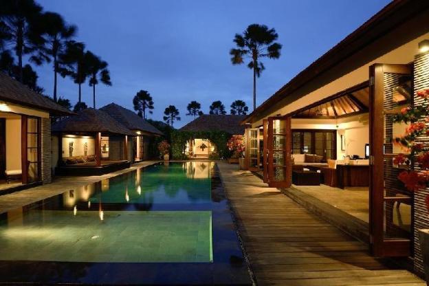 5BR Good Taste Private Villa+Hot Tub+Kitchen