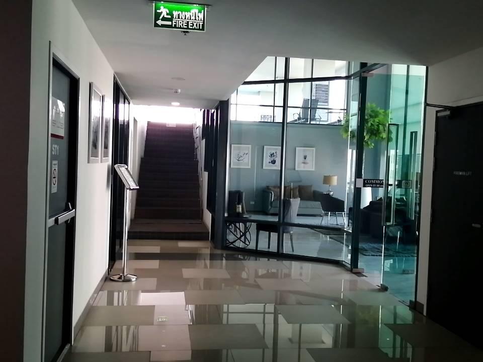 Nice swimming pool and working room อพาร์ตเมนต์ 1 ห้องนอน 1 ห้องน้ำส่วนตัว ขนาด 30 ตร.ม. – ธนบุรี