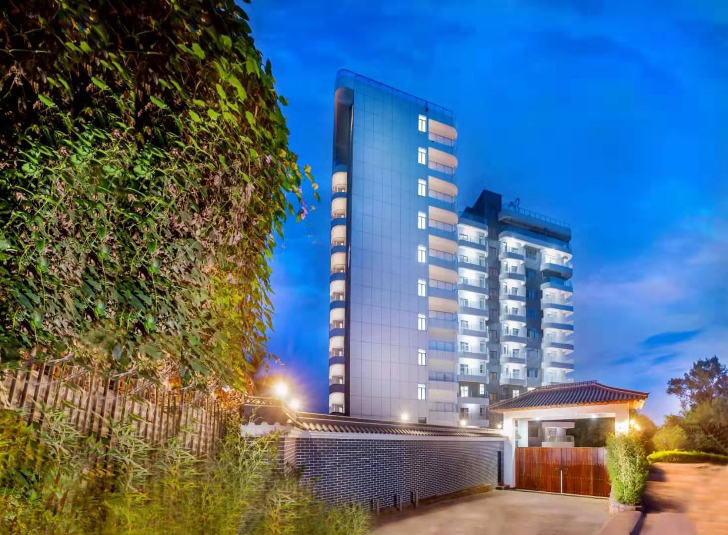 Peak Luxury Apartments