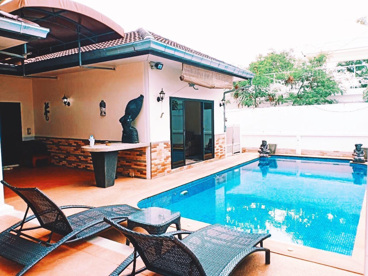 SUNNY 3 Bedroom VILLA Near NAI HARN Beach