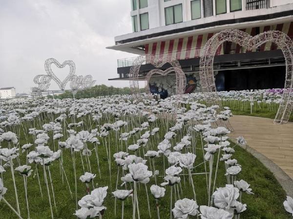 Dz Studio and Suite Parisien Tower @ i-City Shah Alam
