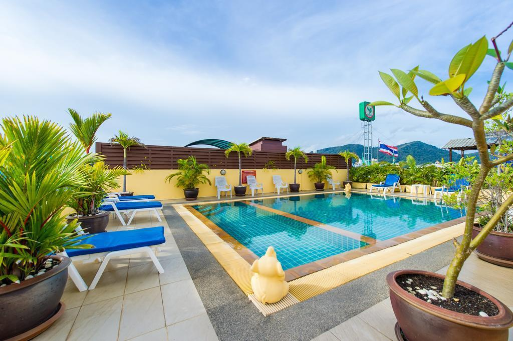 Savanna Resort 28BR w/Pool & 3mins to Patong Beach