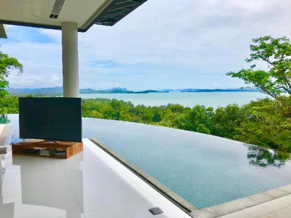 Oceanview Escape Villa 5BR w/Pool & Breakfast Phuket