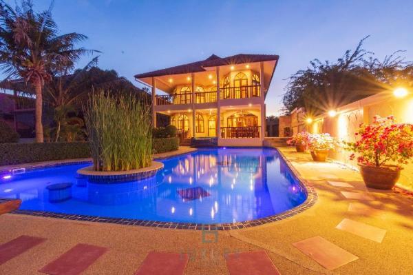 4 Bedroom Pool Villa In Great Location CV4 Hua Hin