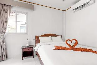 Lanta Coral Beach Resort (Superior Bungalow) บังกะโล 1 ห้องนอน 1 ห้องน้ำส่วนตัว ขนาด 15 ตร.ม. – เกาะลันตาน้อย