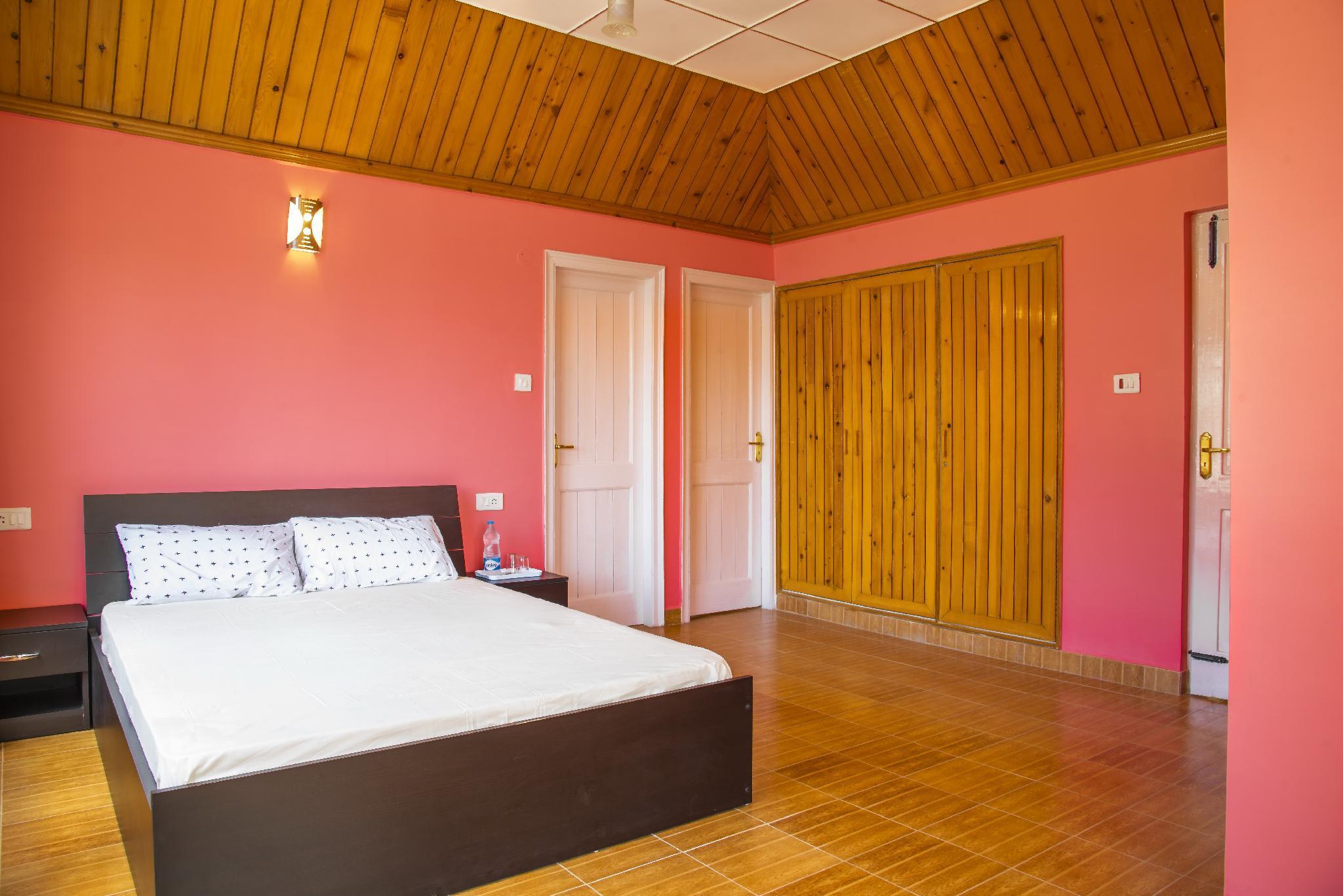 LivingStone  Manor  Full Villa