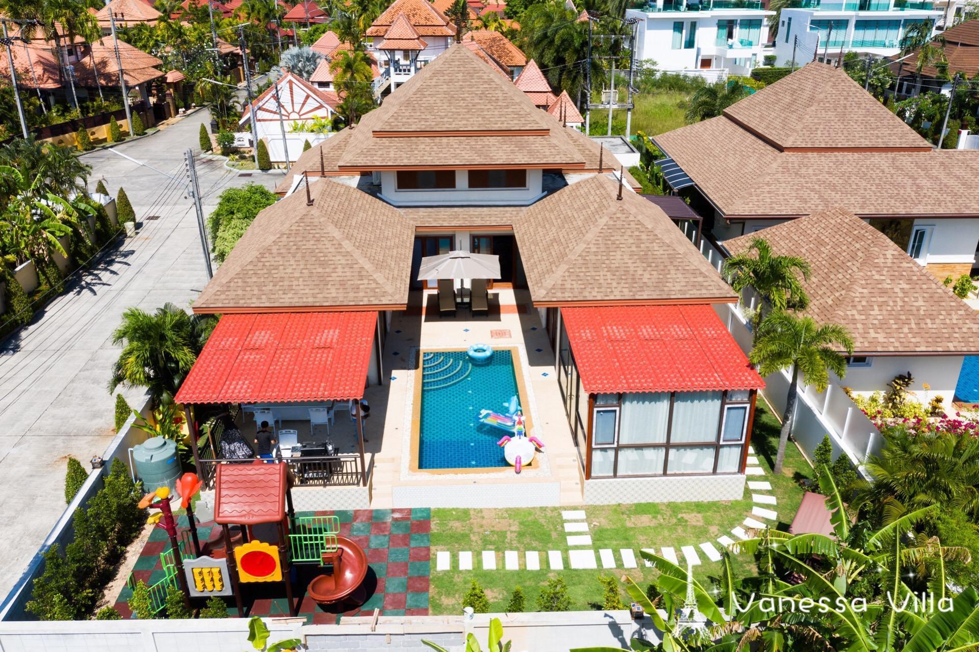 Kamala Beach 5 Bed Rooms Pool Villa