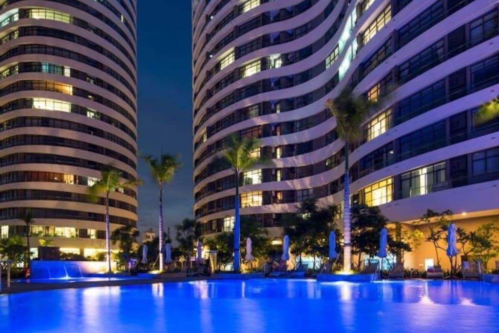 Saigon City 2 Apartment And Pool Near District 1