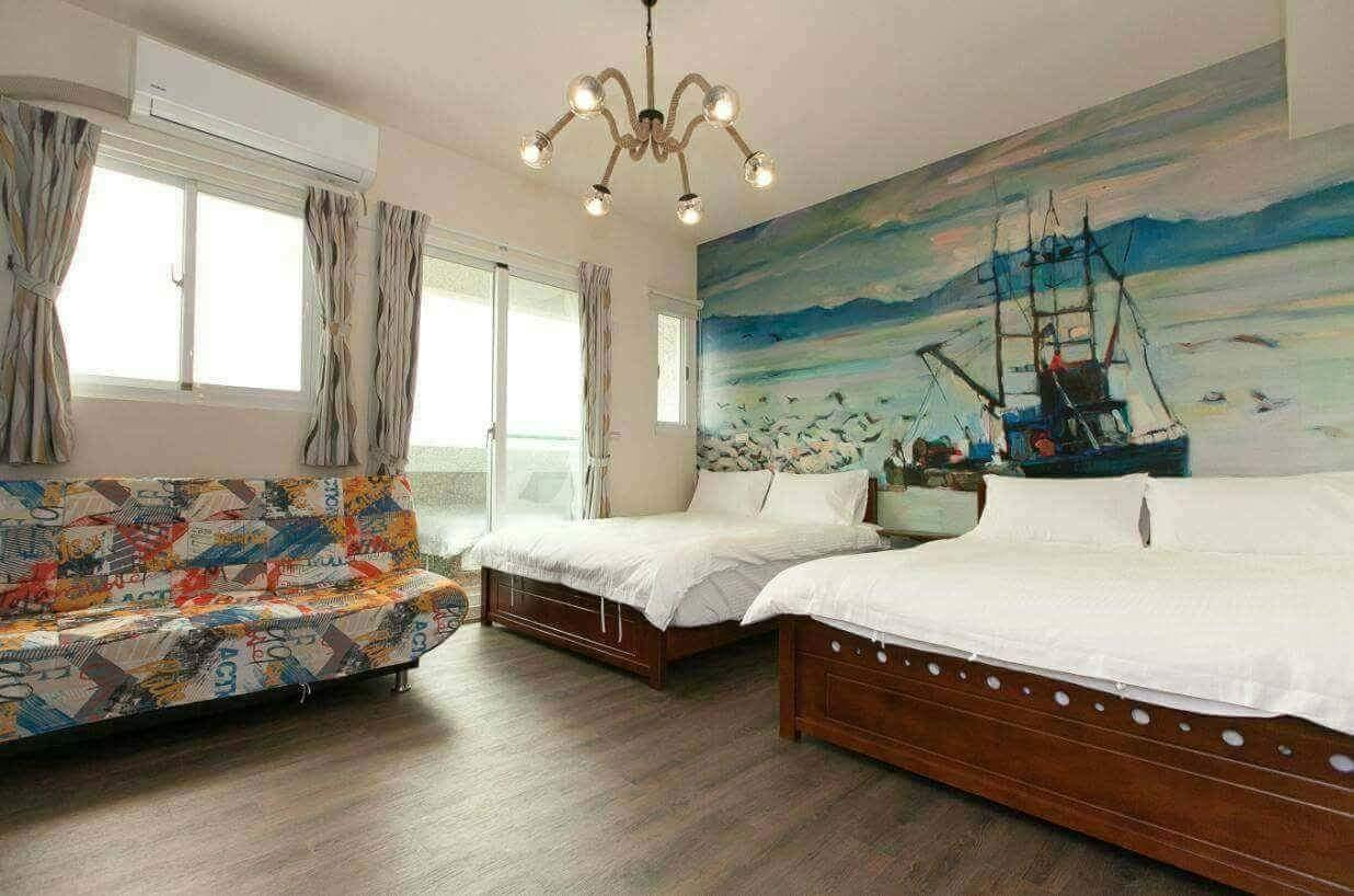 Admiralty Crown Resort