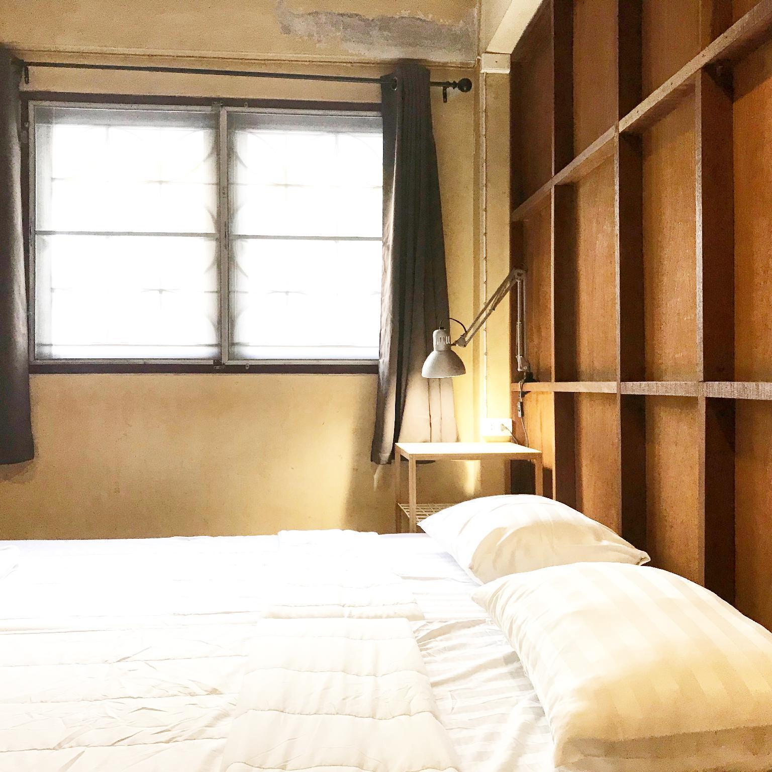 Buddy  Private Room  By Boundary Hostel Cafe