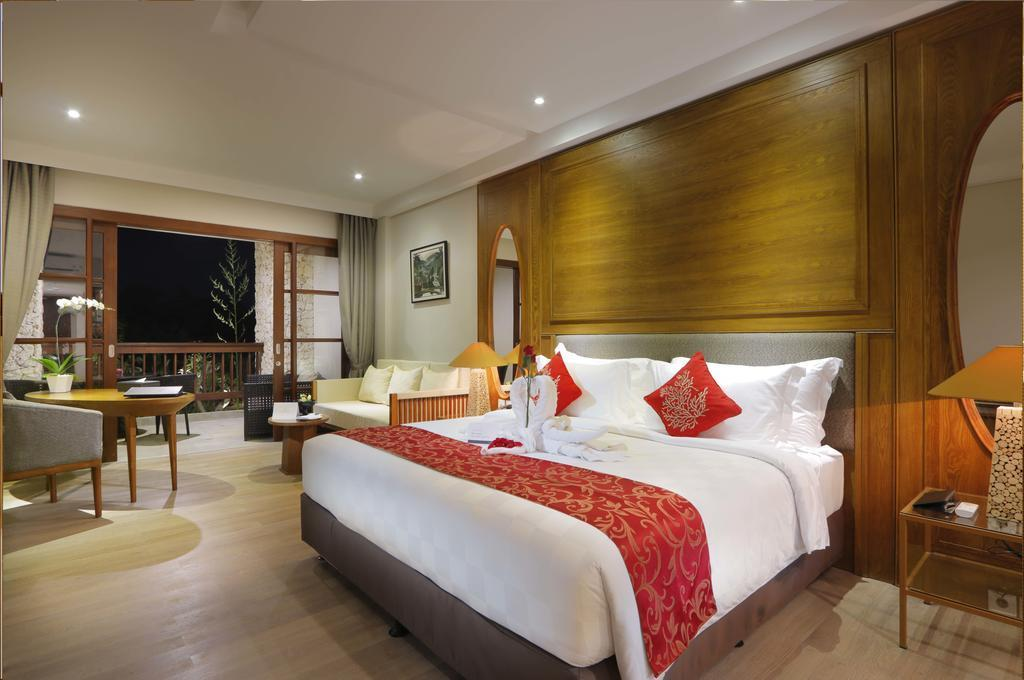 Deluxe Room Luxury 1BR+bathtub+Brkfst@ 43 Jimbaran