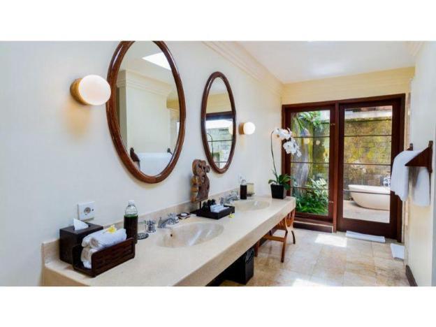 Traditional 1 Bedroom Villa - Breakfast#NVUB