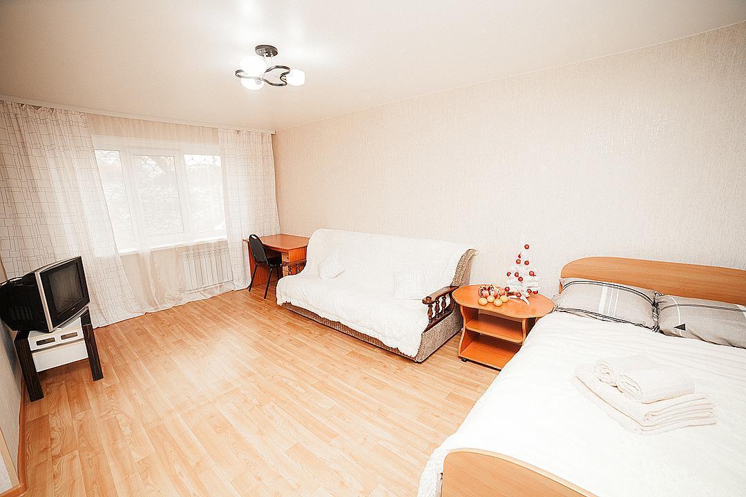 Apartment On Pologaya 62