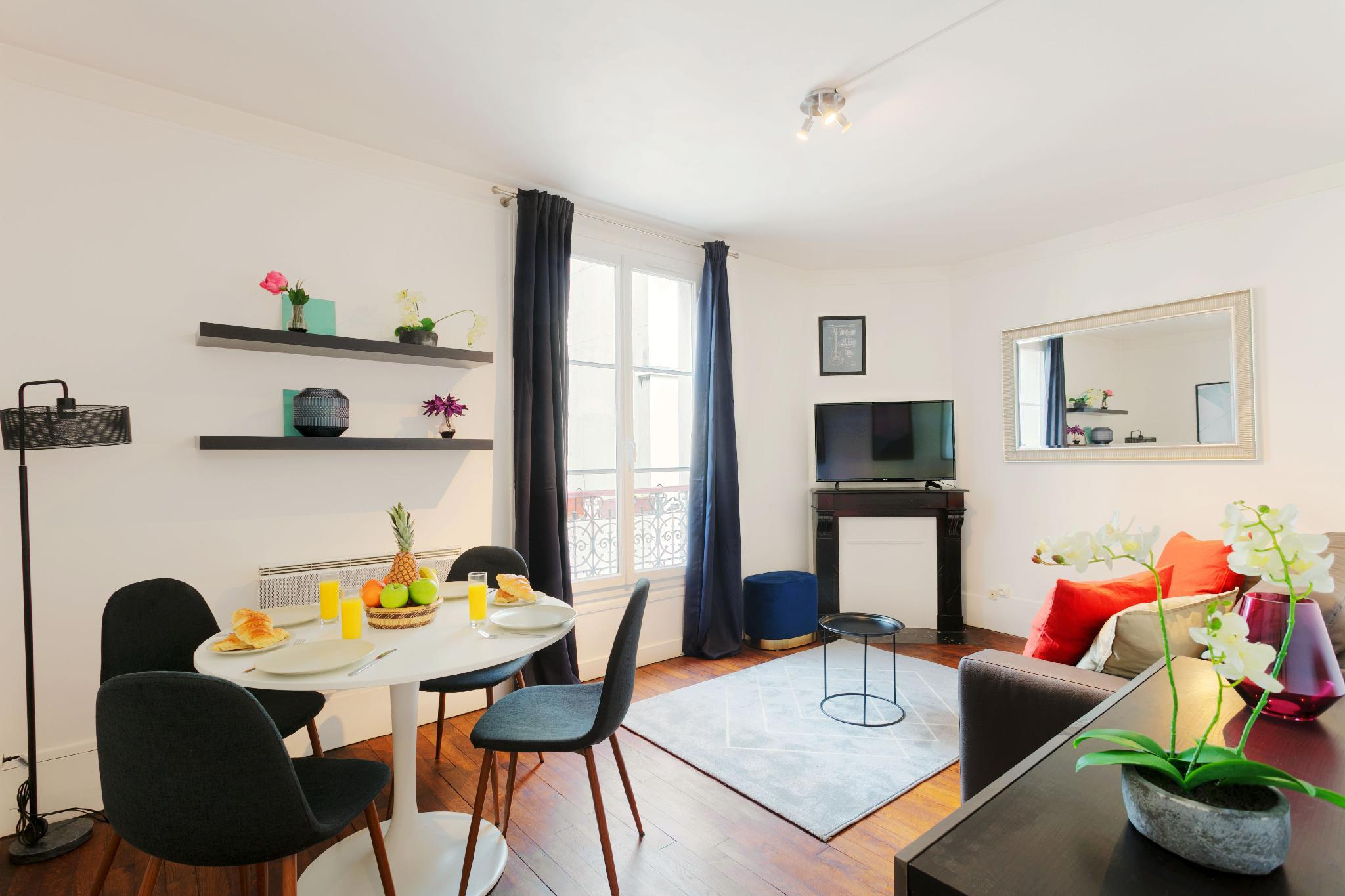 IN THE HEART OF BASTILLE AREA- ELEGANT & CHIC 1BR