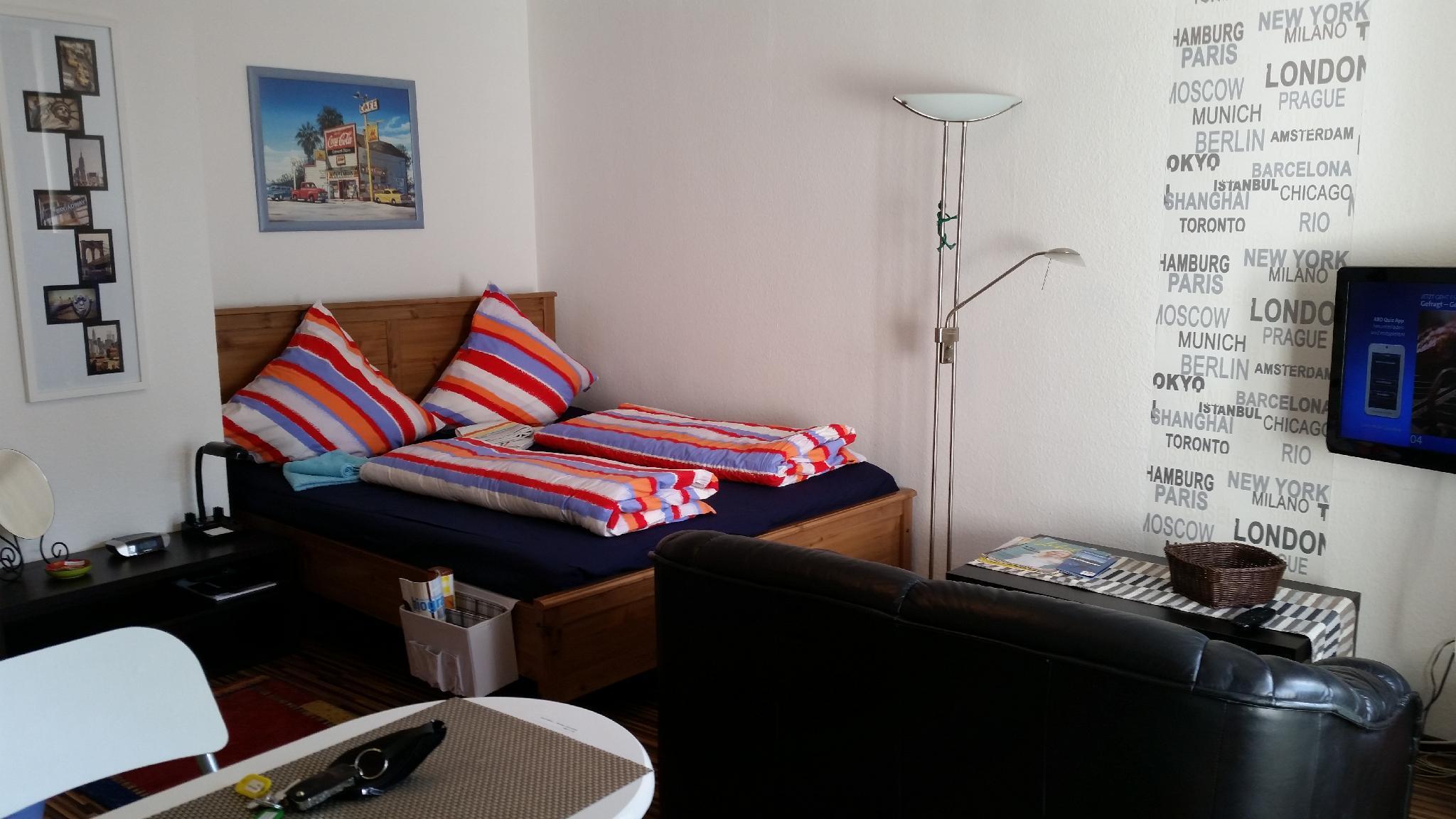 Ferienwohnung Apartment Messezimmer Sucasa