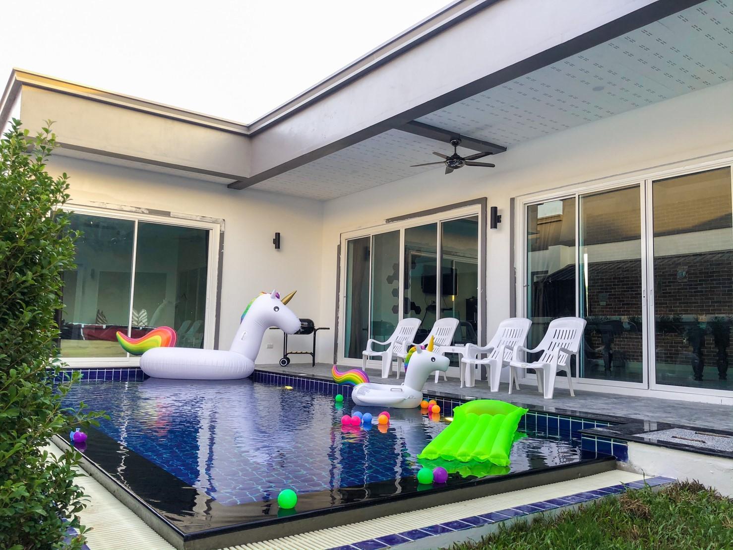 Villa Green Playboy Pattaya Pool Villa
