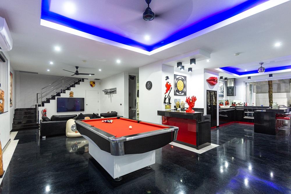 7 Bedroom Sea View Pool Villa