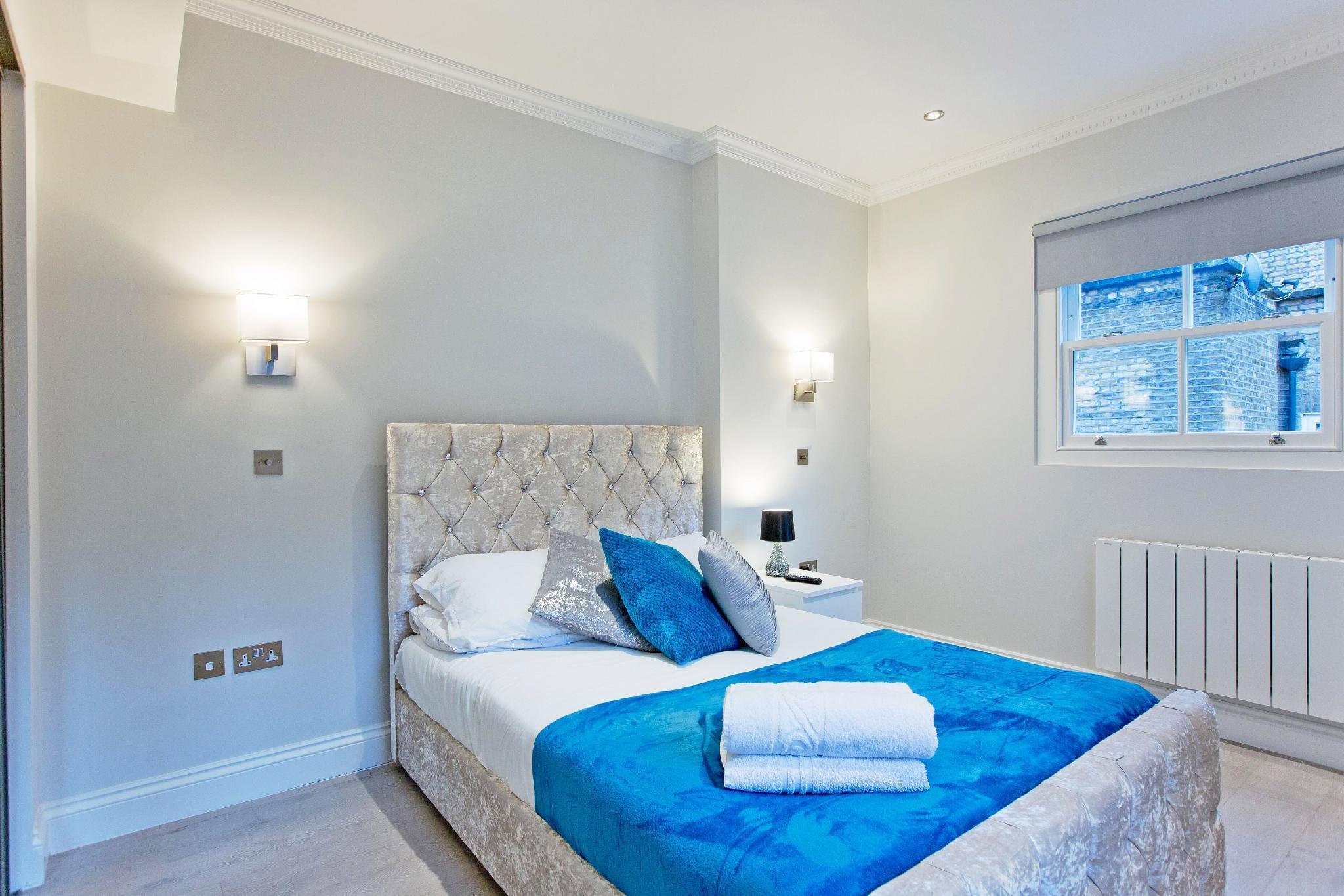 Modern 1 bed flat in Kensington (Flat 8)