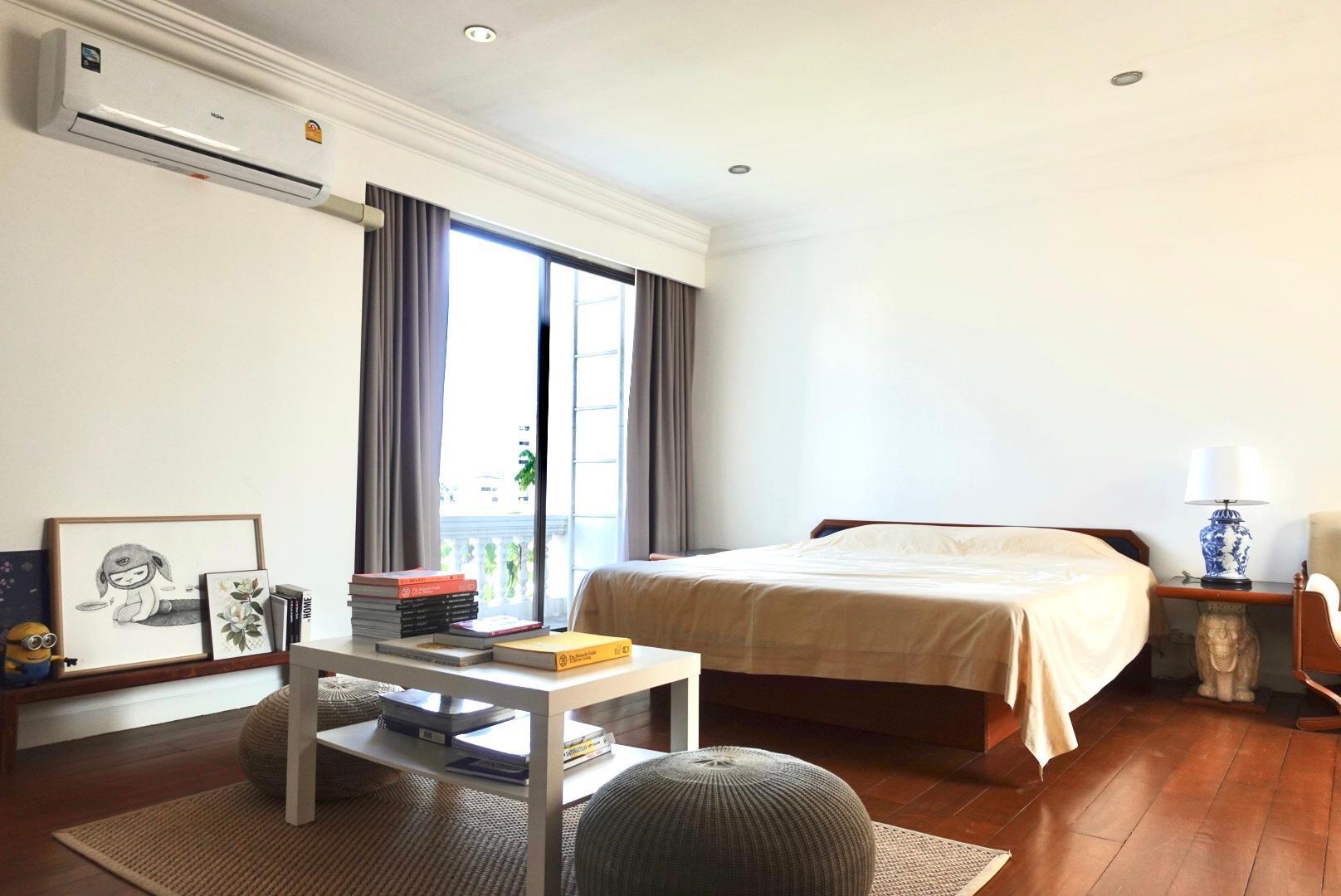 1 Bedroom In Sukhumvit Bangkok 2F Is Design Studio