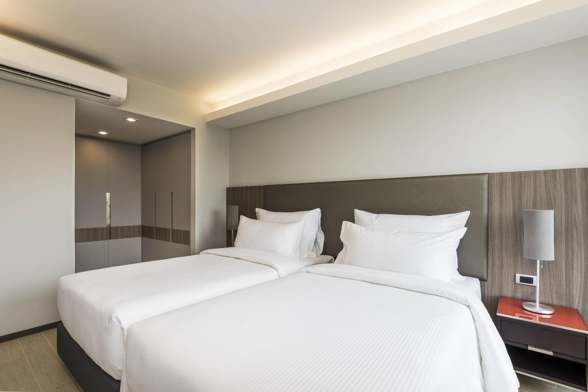 100sqm New Apartment Rod Fai Night Market RCA