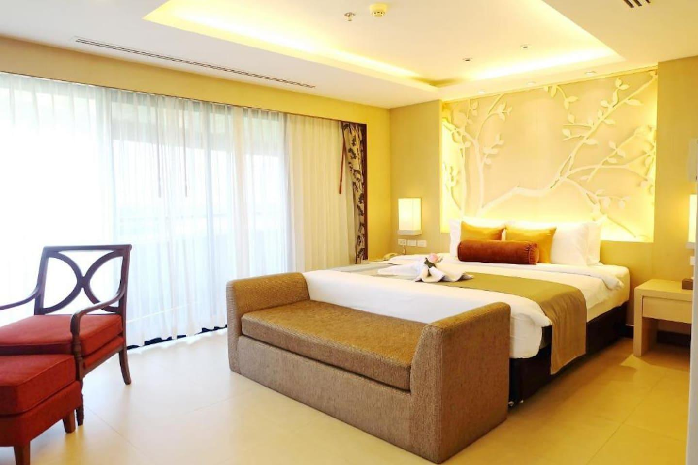 Stylish Executive Suite Room In Trang
