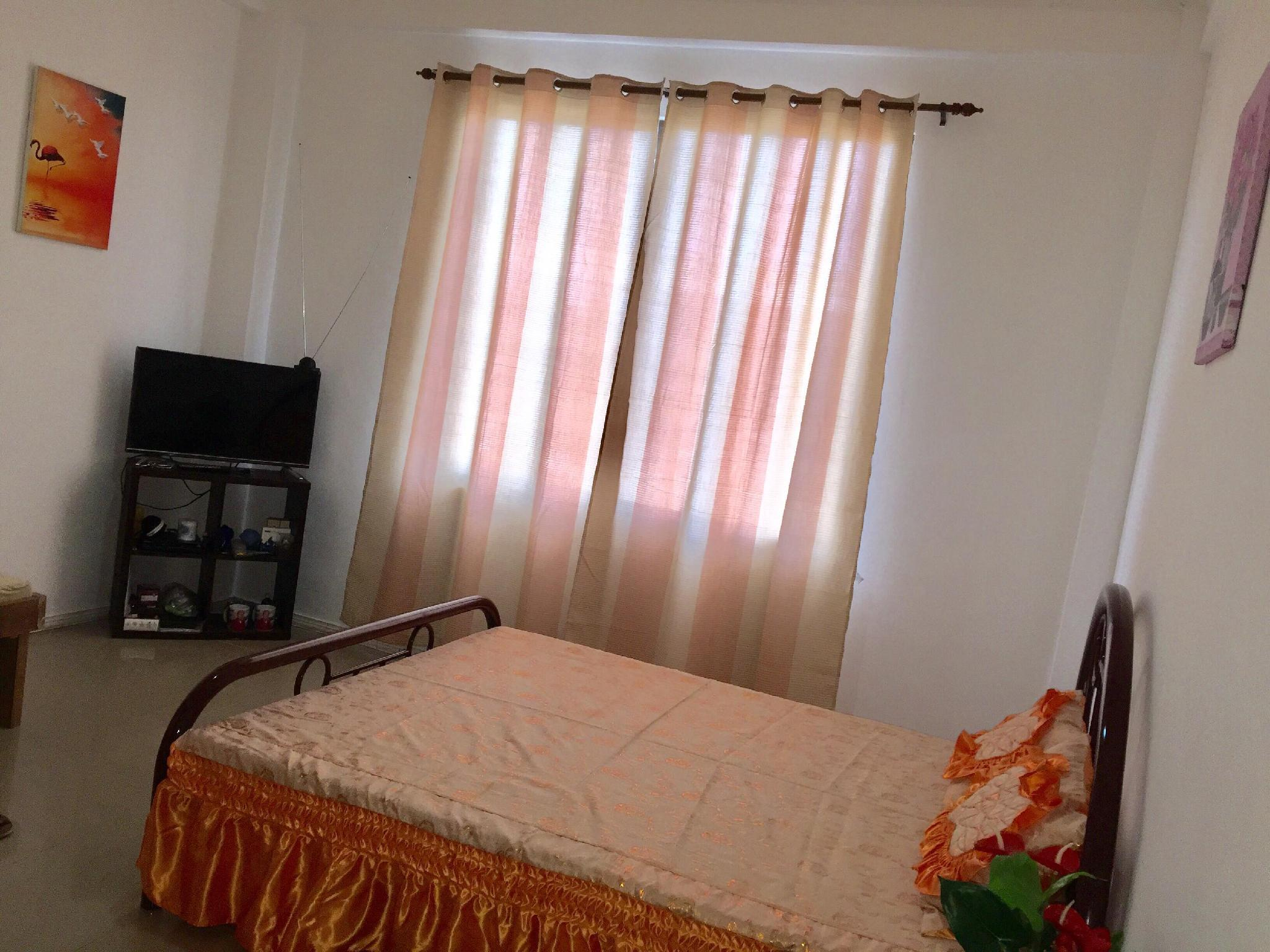 Jam's Private Room Rental + Cheap + Wifi