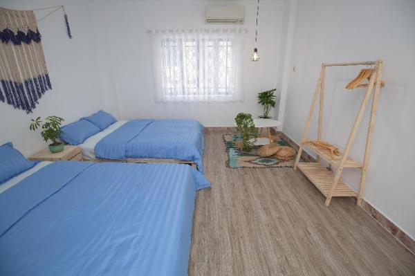 Akoma Homestay-Santorini Double Room(2 Queen Beds) Ho Chi Minh City
