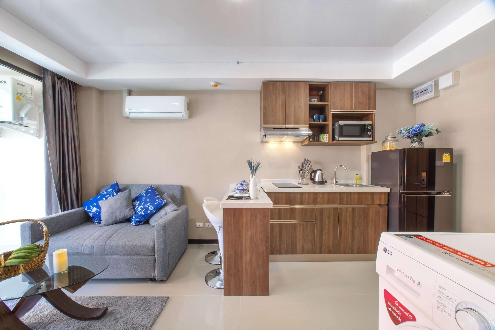 Naiharn Sea Condo By Space A311