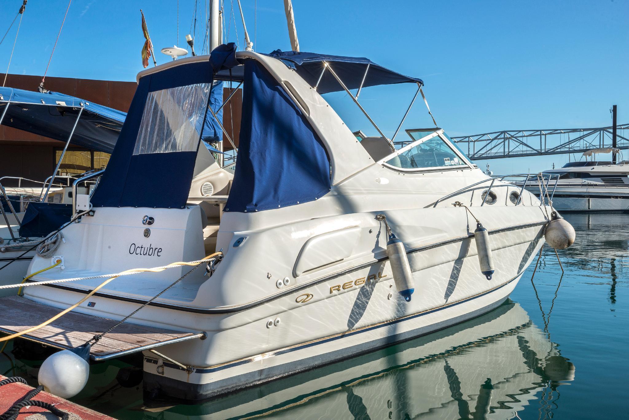 Charming Motorboat in Barcelona