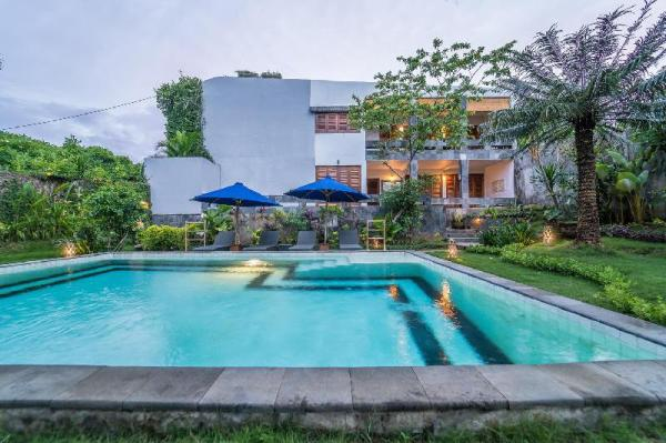 Villa Santai Libur Bali