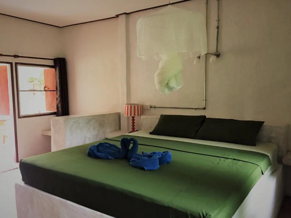 Pan beach Deluxe Fan บังกะโล 1 ห้องนอน 1 ห้องน้ำส่วนตัว ขนาด 30 ตร.ม. – นพรัตน์ธารา