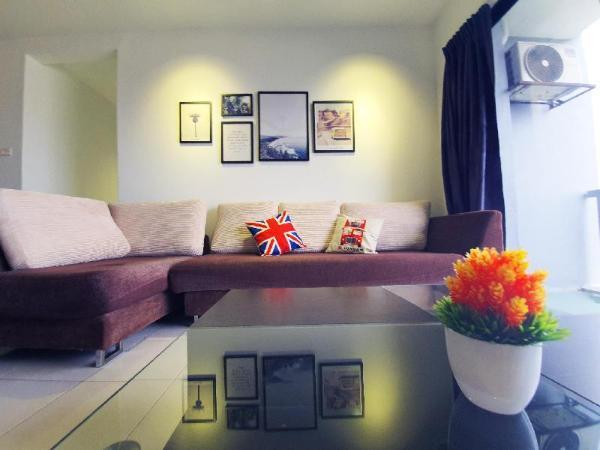 KL Homestay | 8 Pax | KLCC View | Swimming Pool Kuala Lumpur