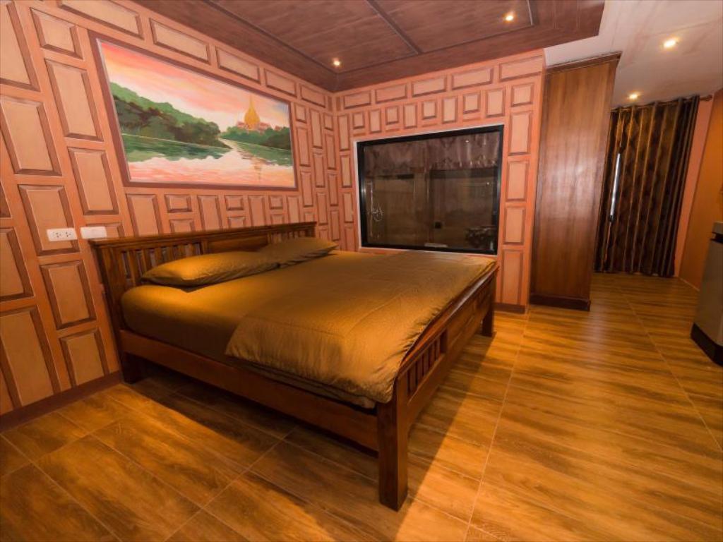 Thongtara House Boutique  (Superior Triple Room1) อพาร์ตเมนต์ 1 ห้องนอน 1 ห้องน้ำส่วนตัว ขนาด 40 ตร.ม. – บางนา