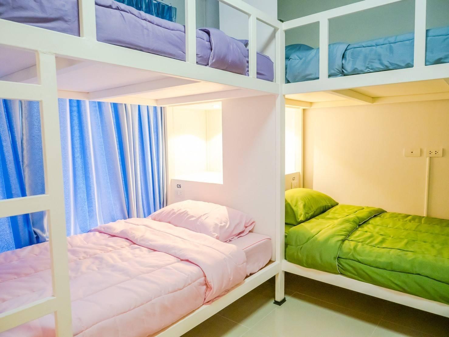 Private room in townhouse hosted by Thitirat อพาร์ตเมนต์ 1 ห้องนอน 4 ห้องน้ำส่วนตัว ขนาด 50 ตร.ม. – สันทราย