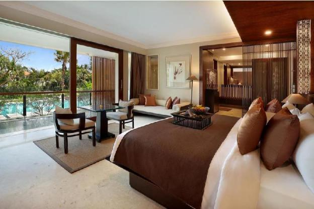 1BR Luxury Villa + Main Pool & Kids Pool + B'fast