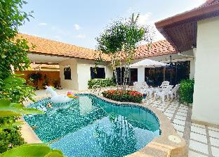 [パタヤ北部]ヴィラ(190m2)| 3ベッドルーム/3バスルーム 3 beds private pool villa Pattaya city center