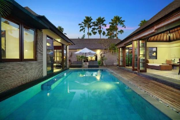5 Bedroom Luxury Presidential Pool Villa Breakfast