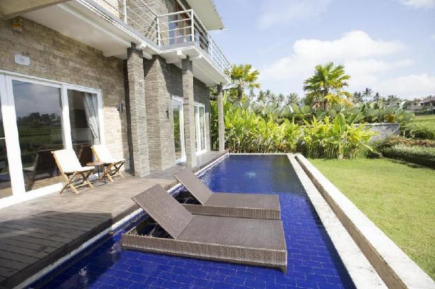 Two- Bedroom villas with private poll