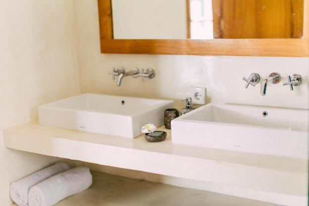 3BR Boutique Villa Canggu, Pool & Tropical Bathtub